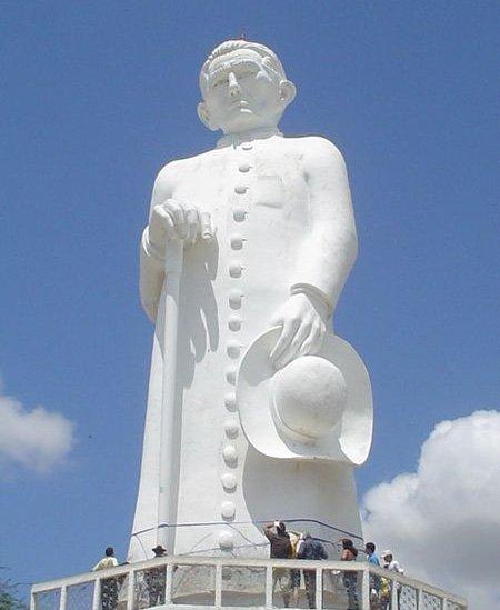 Estátua de Padre Cicero em Juazeiro do Norte