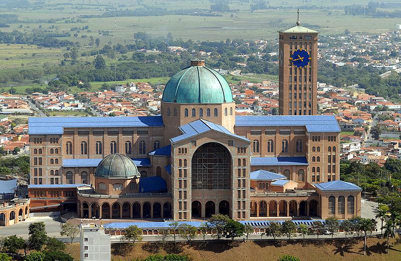 Valter Campanato/ABr - Agência Brasil (ABr/RadioBrás) Santuário Nacional de Aparecida, localizado em Aparecida, SP - Brasil.