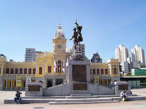 Praça da Estação - Foto de Léo Quintino (Flickr)