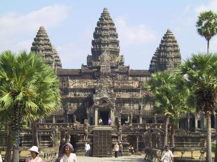 Templo de Angkor Wat - Foto de Andrew Lih (Wikipédia)