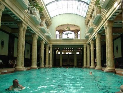 Capital Europeia dos Banhos Termais – Hotel Gellert