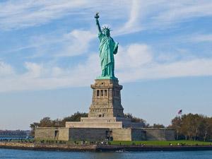 Foto de William Warby © (Wikipédia e Flickr) - Estátua da Liberdade - Nova York