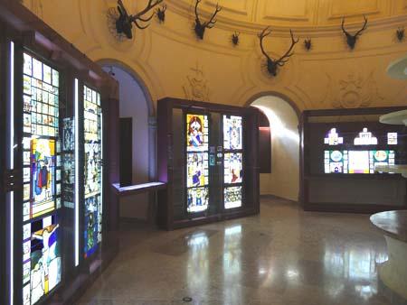"""Exposição """"Vitrais e vidros"""" no Palácio da Pena"""