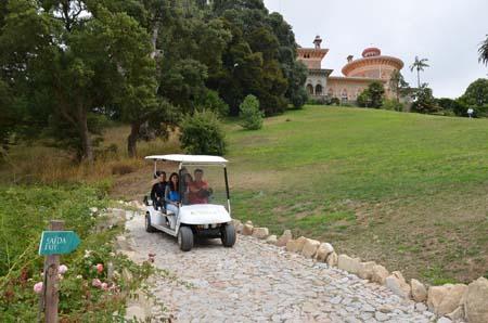 Veículos elétricos iniciam percursos nos Parques da Pena e de Monserrate
