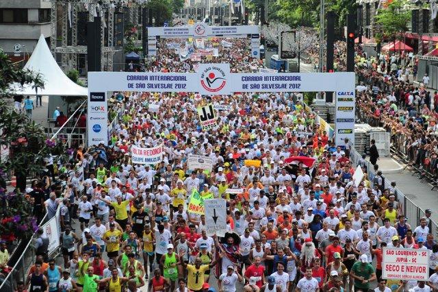 Atletas durante a 88ª Corrida Internacional de São Silvestre. Foto: Marcelo Ferrelli/Gazeta Press