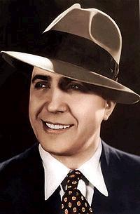 Carlos Gardel - Foto de José María Silva (Domínio Público) em 1933