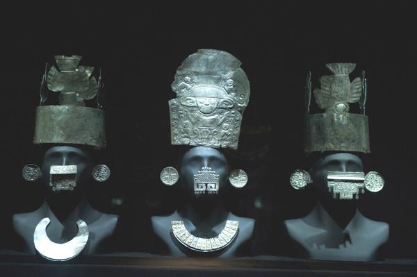 Adornos cultura Chimu - Museu Larco