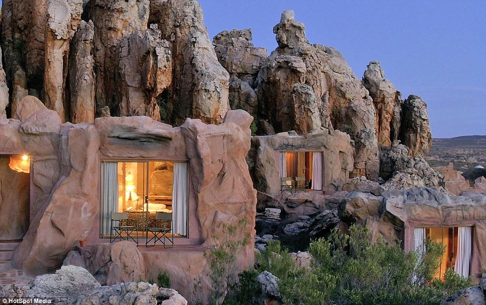 hotel-caverna-kagga-kamma