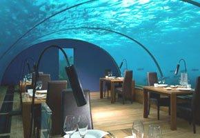 Hotéis na água, por baixo, por cima ou perto dela